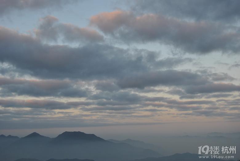 安顶山的日出