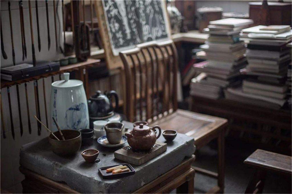 茶的分为古典主义、浪漫主义和自然主义